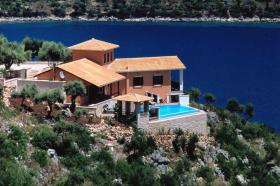 Impeccable Lifestyles - Choose Yours on the isl. of Lefkada/Greece