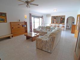Foto 4 Imposante Villa in Orba an der Costa Blanca