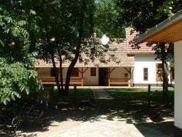 In Ungarn ein qualitátes Bauernhaus mit 5ha Land