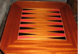 Foto 4 Intarsientisch mit mehreren Tischplatten (Abholpreis)