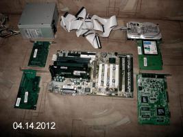 Intel Pentium2 Motherboard mit zubehör