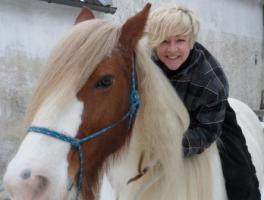 Irgendwelche Probleme mit deinem Pferd?