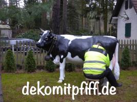Foto 8 Ist das nicht Cool Sie zahlen beim Deko Pferd und Deko Melk Kuh kauf keine Deutsche MWST. ok. Sie müssten schon in die Schweiz liefern lassen…