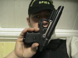Foto 2 JPX Tierabwehrger�t - GUTE AUSR�STUNG getestet v Ralf Spies Sicherheitsexperte