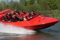 Jetboot fahren - Adrenalingeschenk