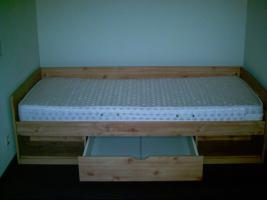Jugendbett mit Matratze und Lattenrost