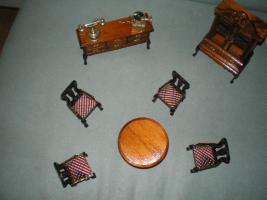 Foto 3 Jugendstil Garnitur Miniatur