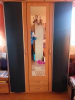 Foto 2 Jugendzimmer mit blauen Elementen