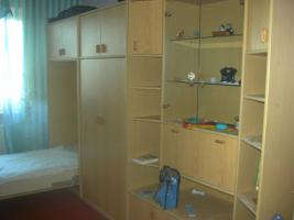 Jugendzimmer-schrank mit Bettteil