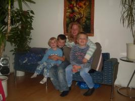 Junge, dynamische Familie sucht 4 - 5 Zimmer Wohnung/ Haus