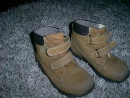 Foto 3 Jungen Schuhe