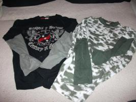 Jungenbekleidung: 2x Langarmshirt Gr. 146/152
