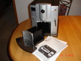 Foto 2 Jura-Capresso Impressa E75 2 Tassen Kaffee und Espressomaschine