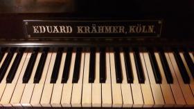 Foto 9 KLAVIER, PIANO mit Hocker, RARITÄT, ANTIK, ca 200 Jahre alt,