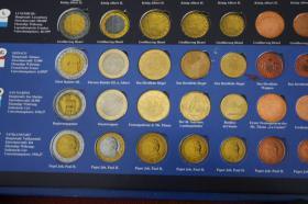 Foto 2 KMS Griechenland + Finnland ( lose ) 2002 - 16 EUR