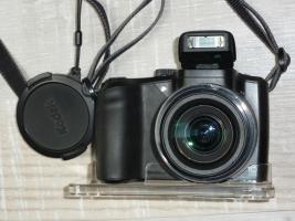 KODAK Z 1015 IS Digital- Bridge Kamera, großer LCD Monitor 3 Z, 10 MP, HD Fotos Video, Bildstabilisator