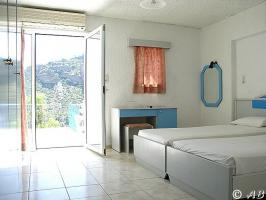 Einzelzimmer, Doppelz., Familienz., 2-Raum-Familienz. und Panoramazimm