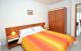 Foto 3 KROATIEN Trogir Ferien-Wohnungen mit Pool und Meerblick