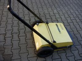 K�rcher Hand-Kehrmaschine KM 650