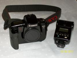Foto 3 Kamera von Canon EOS 5 analog, mit Speedlide 430 EZ Plitz und Bedienungsanleitung