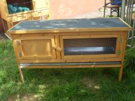 Kaninchenstall , Hasenstall mit Kleintierhaus zu verkaufen
