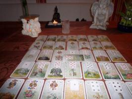 Foto 3 Kartenlegen mit Elke