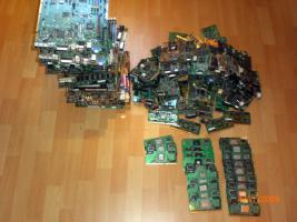 Foto 2 Kaufe Computer Schrott Computeranlagen Cpus Mainboards RAM