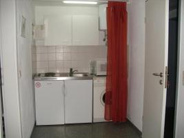 Foto 4 Kein Bock auf WG? Wir bieten 1 Zimmer vollmöbliert günstig zur Miete!