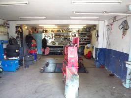 Kfz Werkstatt mit Wohneinheit