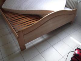 Kieferndoppelbett, inkl.2 Lattenrostte inkl.2 Matratzen, gebraucht zu verkaufen