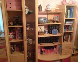 Foto 2 Kinder Eck-Kleiderschrank (mit rosa Akzenten)