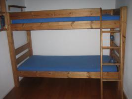 Kinder/Jugendzimmer komplett aus Kiefer massiv