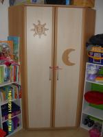 Foto 2 Kinder Kleiderschrank / Eckschrank