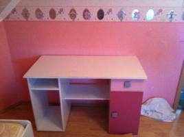 Foto 2 Kinderzimmer für Mädels in pink u. weiß