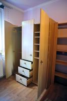 Foto 2 Kinderzimmerschrank mit Regal
