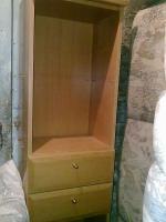 Foto 6 Kirschbaumregal, Riesenbett zum schlafen und sitzen und Ein Dreisitz mit Sesseln Gratis dazu!
