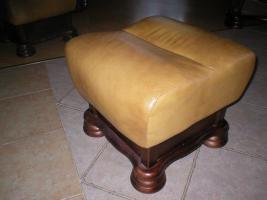 Foto 5 Klassische, luxuriöse Sofagarnitur aus Leder und Holz