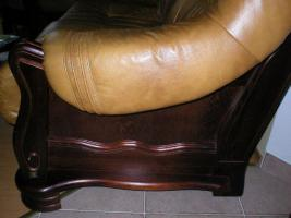 Foto 7 Klassische, luxuriöse Sofagarnitur aus Leder und Holz