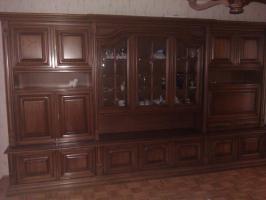 Klassischer Mahagoni Wohnzimmerschrank