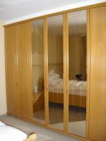 Foto 3 Kleiderschrank (Eiche) in gutem Zustand