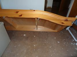 Foto 2 Kleiderschrank Kiefer Massivholz zu verschenken