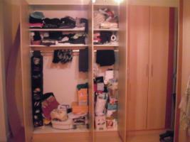 Foto 2 Kleiderschrank und passendes Bett  180 x 200 cm o. Lattenrosten