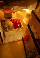 Foto 6 Kleiderschrank, Kühlschrank, Einzelbett, Sofa, Teppich