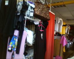 Foto 4 Kleidung für Damen (DOB) Neuware
