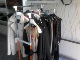 Foto 4 Kleidung, Herrenschuhe, Damenschuhe, Taschen aus Italia