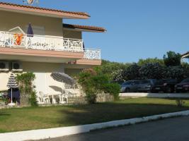 Kleine Familien Anlage  - 8 Apartments   .Nord Griechenland .Halkidiki- Paliouri