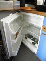 Kleine hübsche Kühlschrank zum verkaufen - voll funktionsfähig!