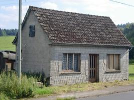 Foto 2 Kleines Häuschen ( ehem. Waschhaus ) Fälsche ca. 40m²