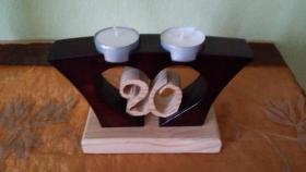 Foto 2 Kleines Holzherz mit Teelichhalterung