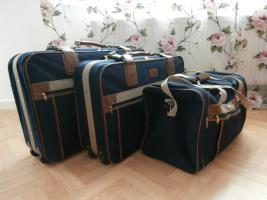 Koffer (Trolleykoffer)